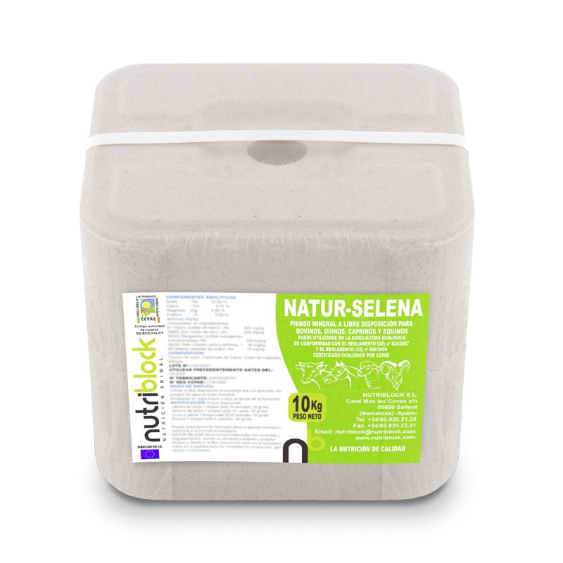 NATUR-SELENA ECO Supplementary mineral block for ruminants and horses, 10 kg